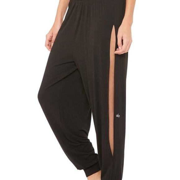 f6b1e407c04b4 ALO Yoga Pants   Intention Pant   Poshmark